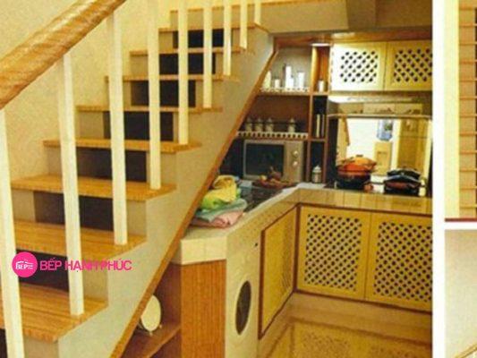 Top 5 mẫu kệ tủ bếp dưới gầm cầu thang đẹp tốt