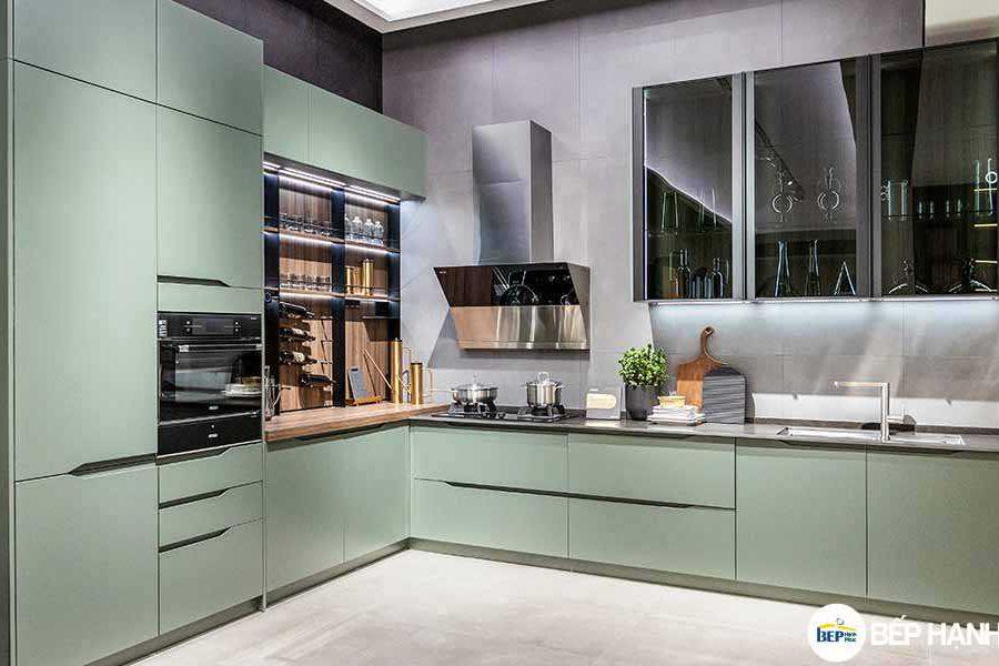 Tủ bếp chữ L chất liệu MDF sơn không tay cầm KTB-L-20-06